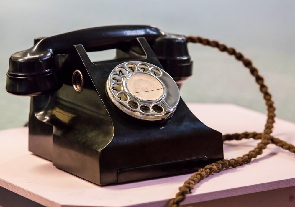OldTelephone